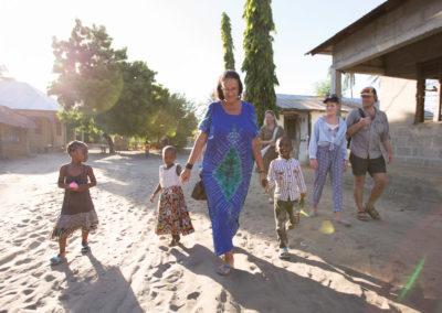 Landsbyvandring i Mlingotini